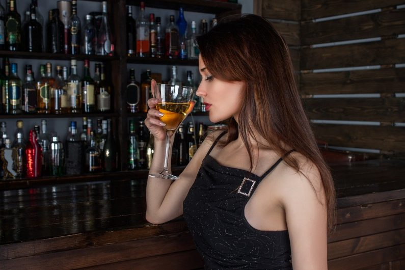 How AI is Going to Disrupt the Restaurant, Hospitality and Alcoholic Beverage Industries